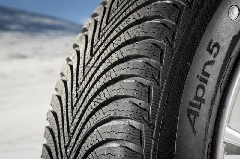 195/65R15 91T Michelin Alpin A5